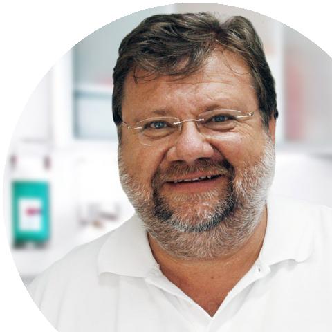 Zahnarzt und Implantologe Dr. H.D. Unger